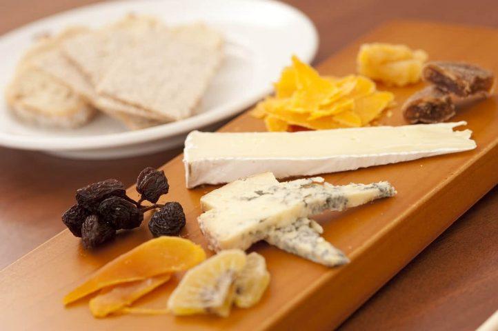 beneficios del queso de oveja distribuciones merino soto jaen linares proveedor hosteleria alimentacion